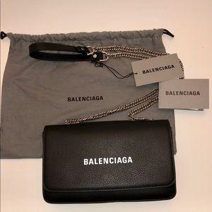 New BALENCIAGA Everyday Shoulder Bag Calfskin
